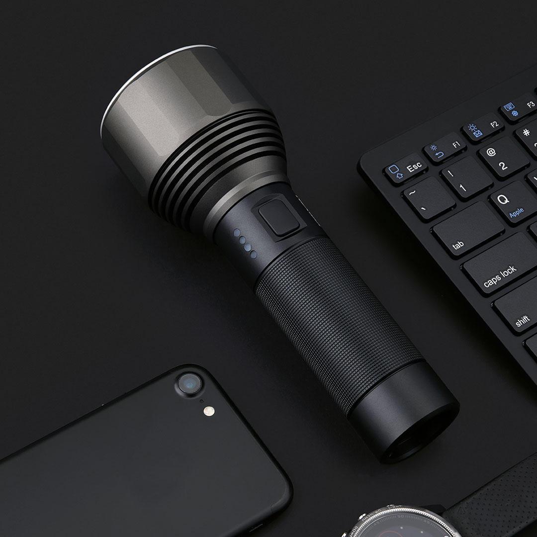 XIAOMI NEXTOOL XPH50.2! SUPERTORCIA LED da ben 2000lm con BATTERIA INTEGRATA da 5000mAh e Ricaricabile tramite USB-C! Da usare in Gita, in Escursione o da tenere in AUTO!
